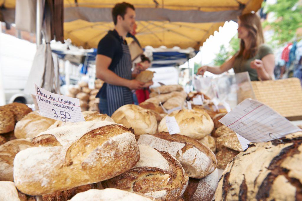 farmers-market-bread - Lentz Milling